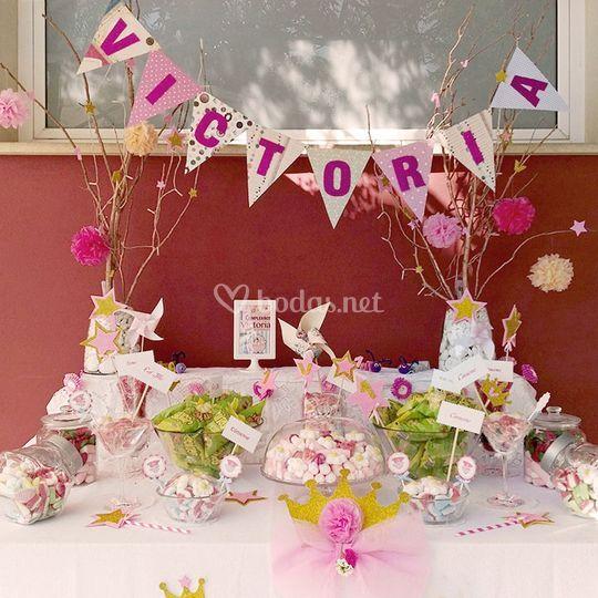 Mesa dulce en tonos rosa