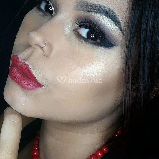 Maquillaje dramático
