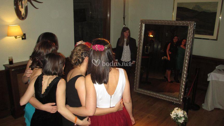 Chicas en una boda