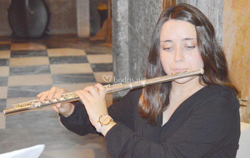 Flauta travesera. María