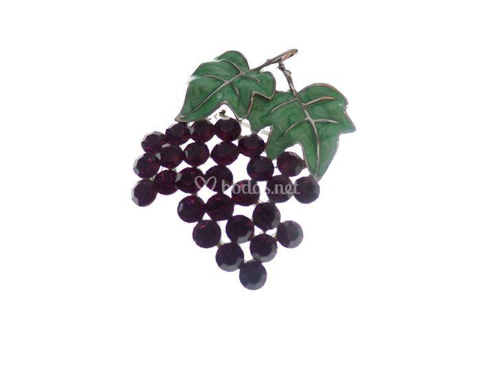 Broche motivo uva