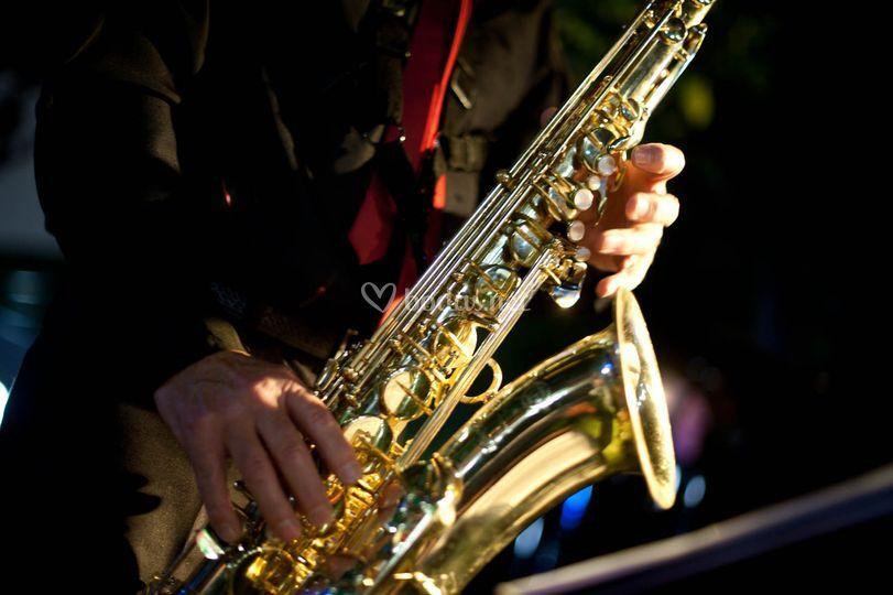 El saxo instrumento sensual