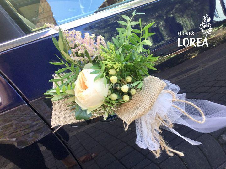 Detalle floral coche