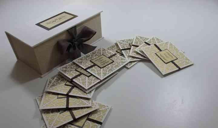 Invitaciones y caja