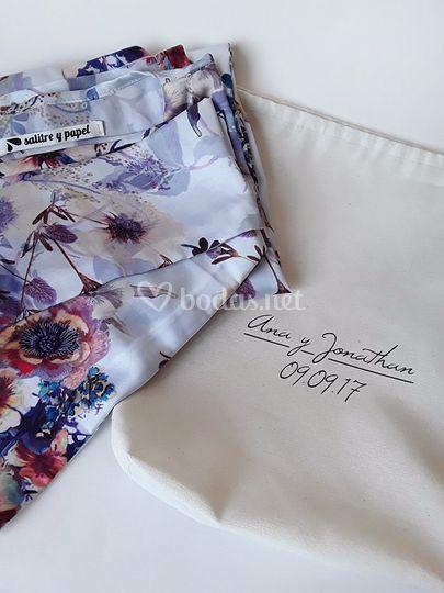Kimono con bolsa personalizada