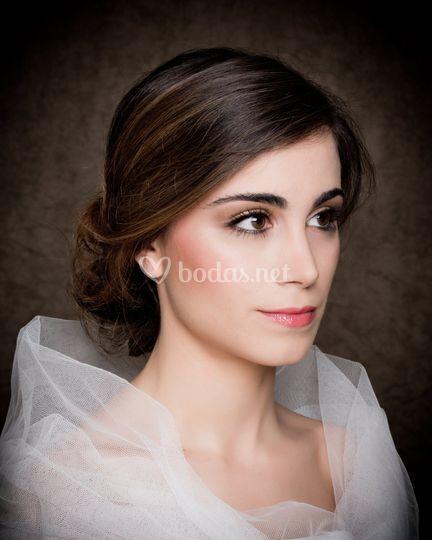 Sara lopez make-up artist