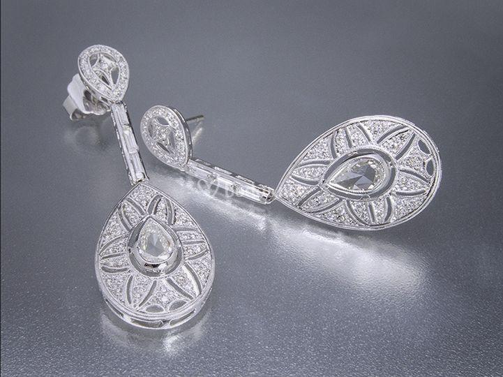 Pendientes con diamantes