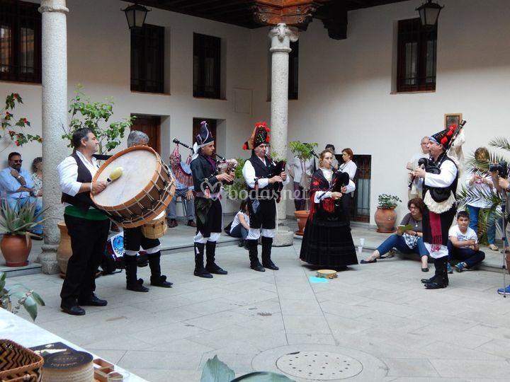 Actuación en patios de Toledo