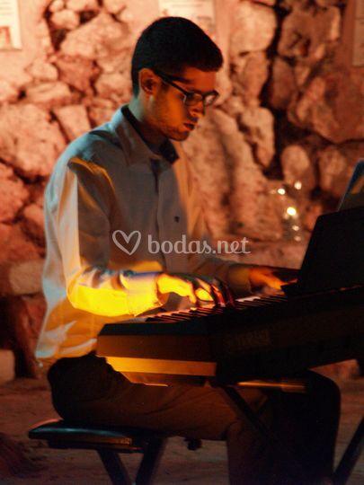 El pianista tocando
