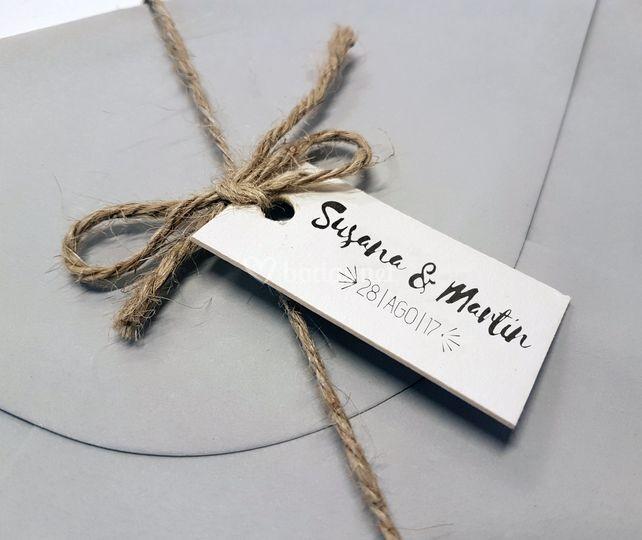 Etiquetas + cuerda