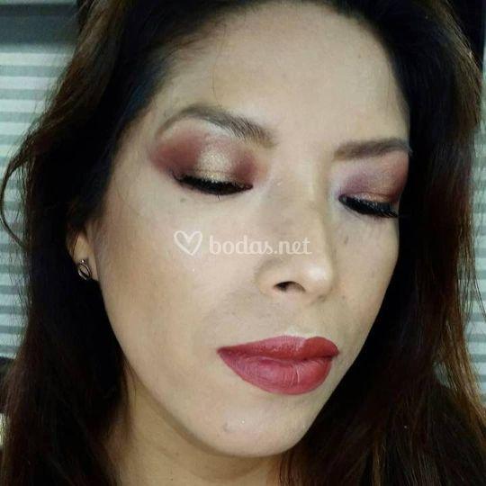 Maquillaje de ojos 3D