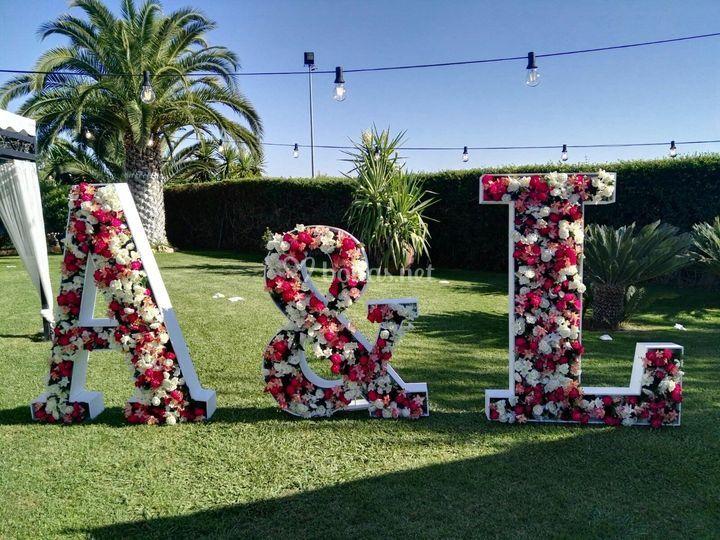 Iniciales XXL con flores