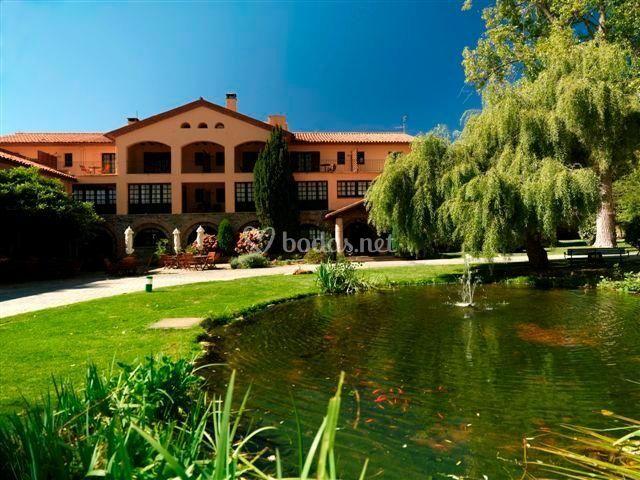 Celebra Tu Boda En Los Hoteles Sant Bernat Y Sant Mar U00e7al