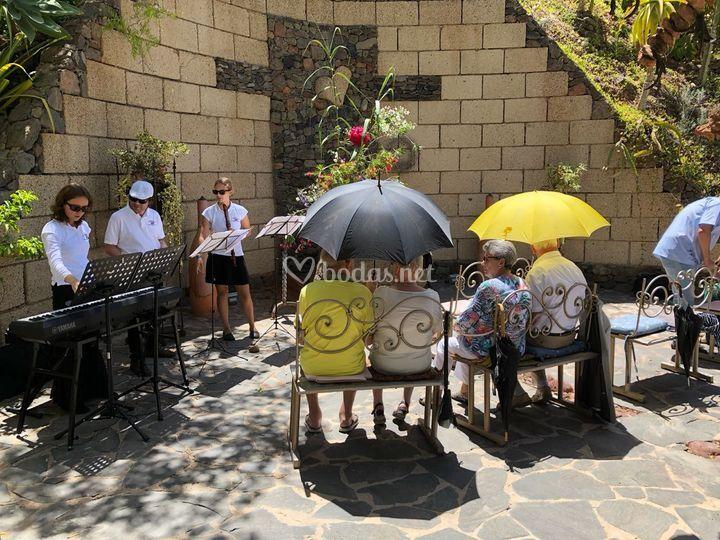 Boda religiosa en Montecristo