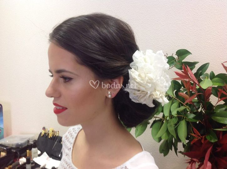 Makeup y peinado por AG