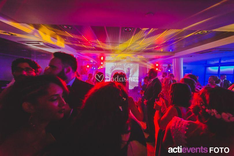 Partypack con vídeo dj