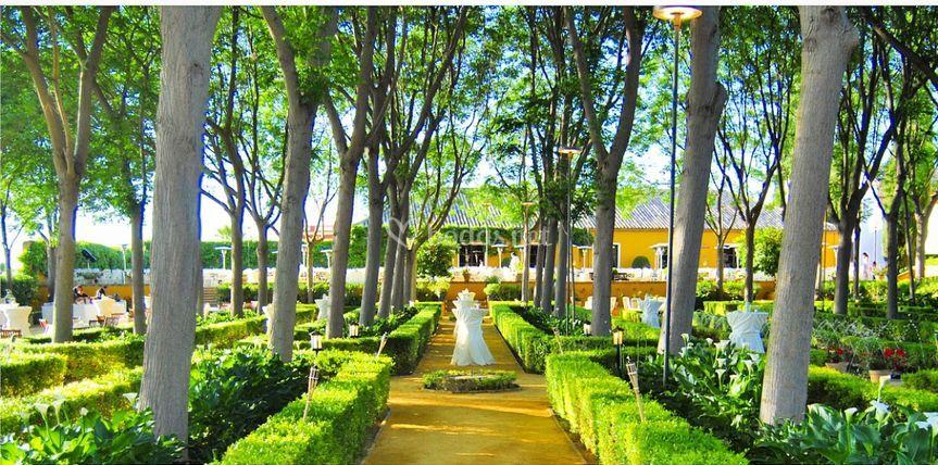 Aperitivo jardín hispano-árabe