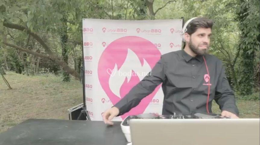 Nuestro DJ.