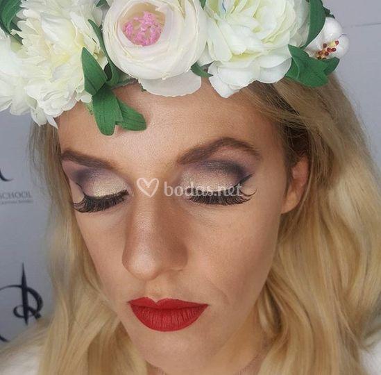 Maquillaje uve tonos lilas