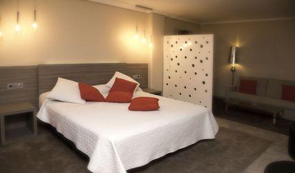 Hotel Triana 1