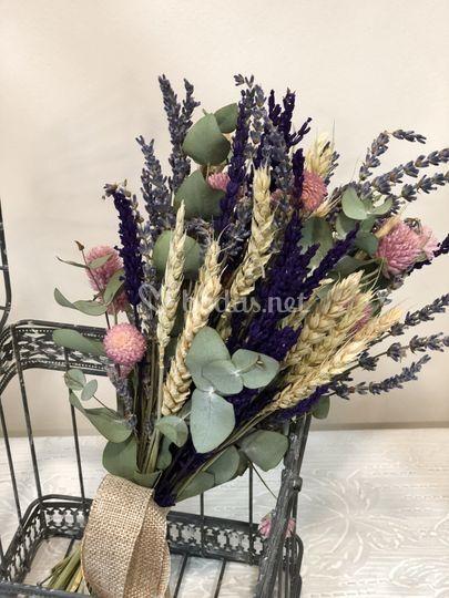 Ramo de flor seca para novia