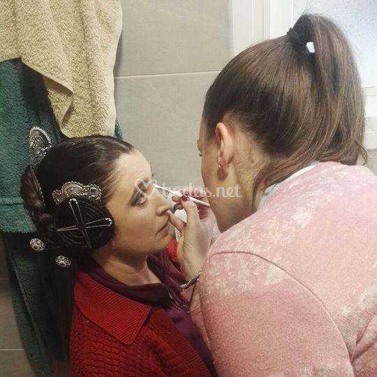 Maquillaje para una fallera