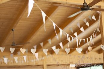 Guirnaldas de banderines de tela para bodas