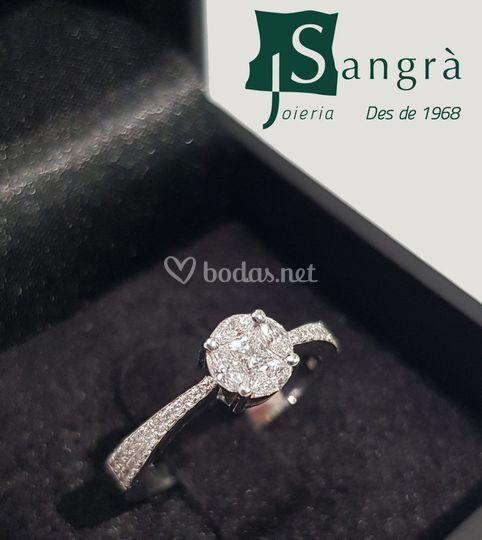 Muestra anillo compromiso