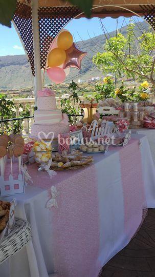 Tarta y mesa de tarta