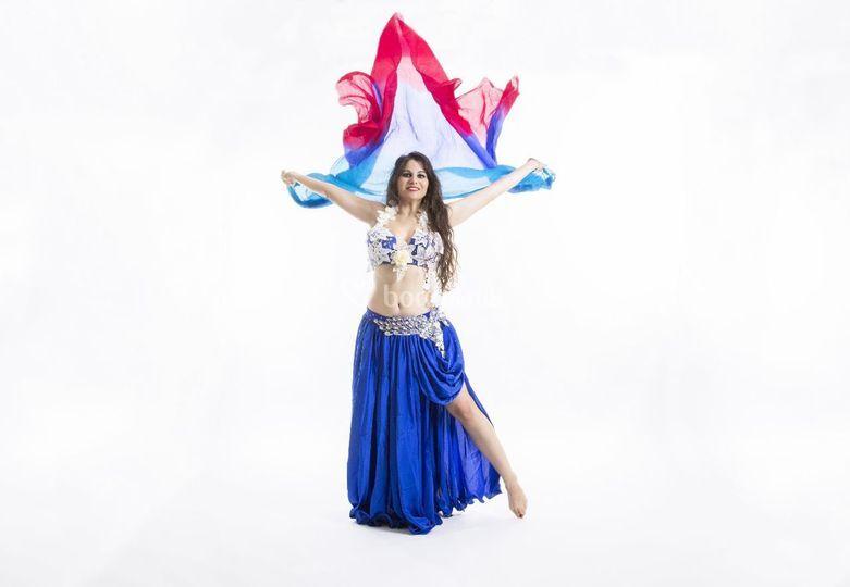 Harika Nur - Danza del vientre
