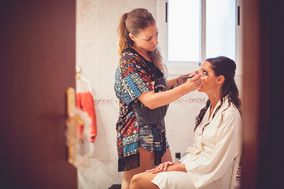 Make-Up Art Studio