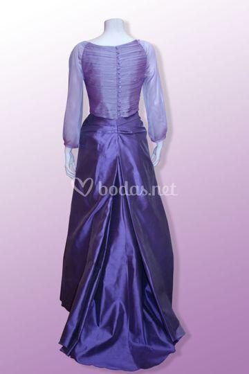 Vestido novia en lilas