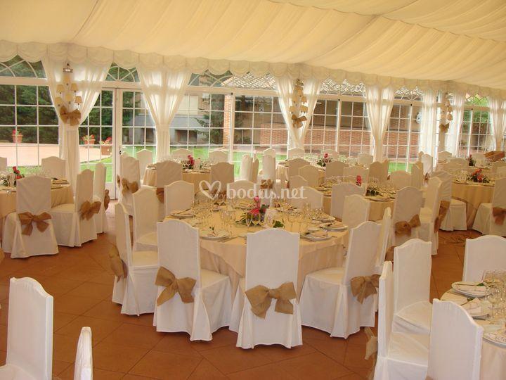 Montaje boda en carpa