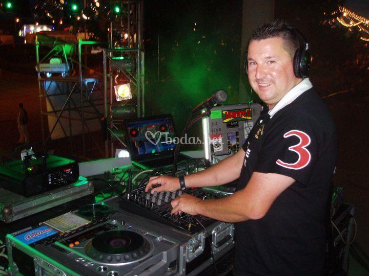 DJ Cheda