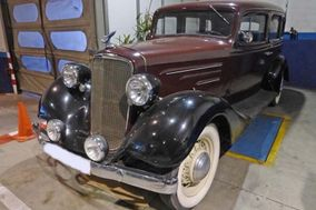 Alberto Abajo wedding cars