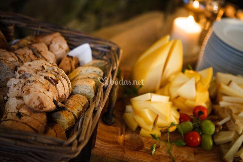 Puesto de queso y panes