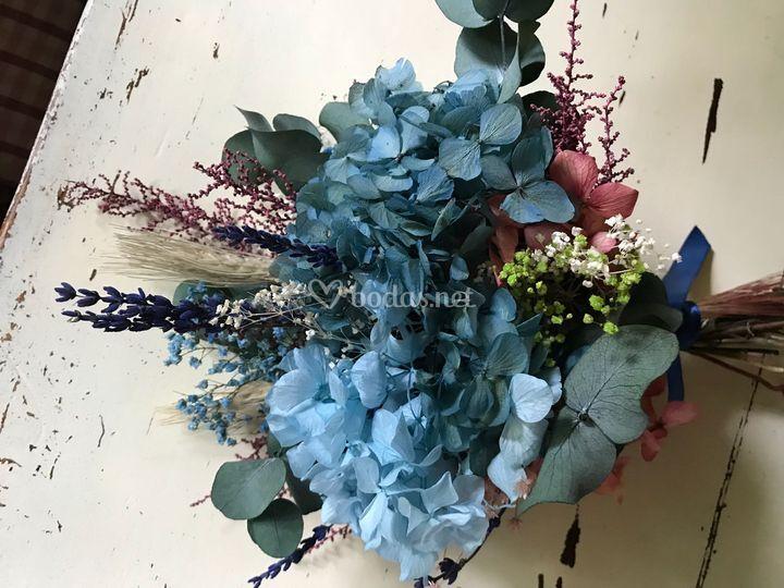 Ramo flor preservada hortensia