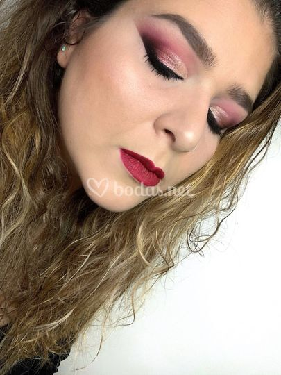 Rouge Makeup by Elena Pascual