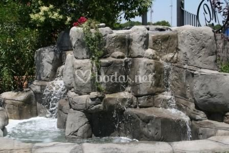 Cascadas de agua - jardín