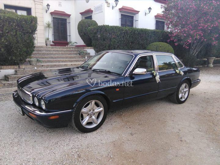 Jaguar XJ8 4.0 V8