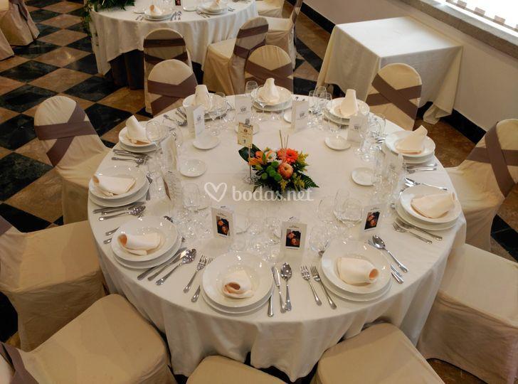 Ejemplo mesa invitados