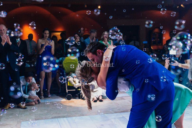 El beso al final del baile