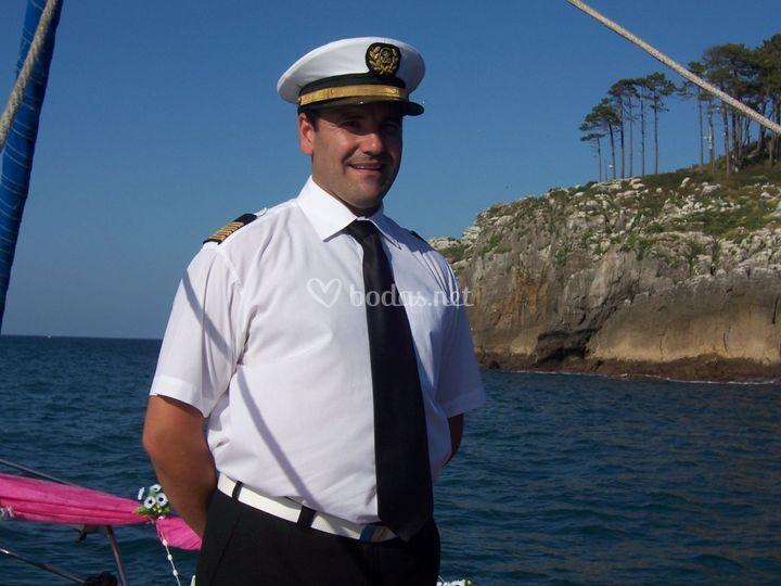 Uno de nuestros capitanes para casar