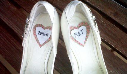 Personaliza tus zapatos de novia con corazones de tela