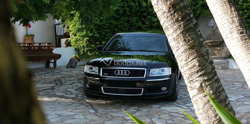 Audi A8 Largo V8 4.2 Tiptronic