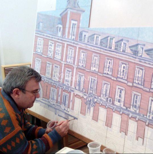 José Angulo pintando
