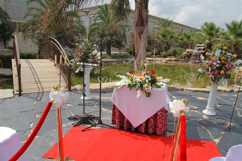 Ceremonia civil en el lago