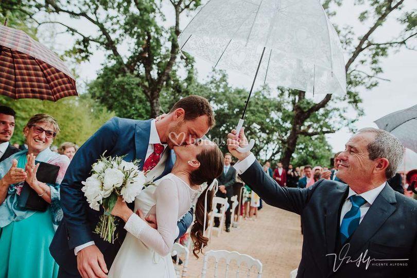 Recién casados bajo el agua