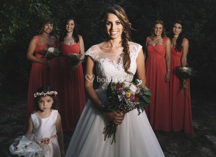 Posado novia y damas de honor