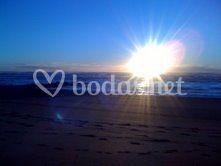 Viajes de novios a Nueva Zelanda : Amanecer en la playa